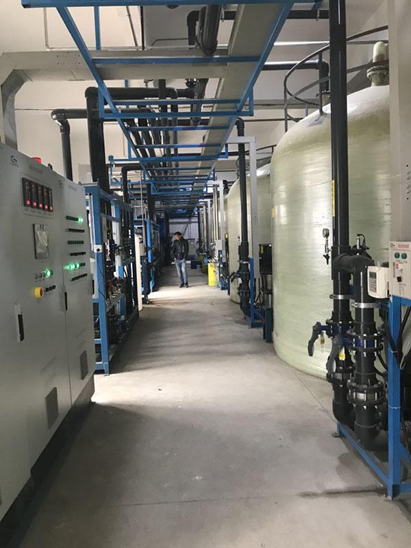 影响超纯水系统设备价格的因素有哪些?